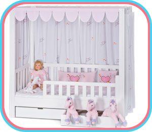 das Kinderbett ISTOflex, aufgebaut als Himmelbett für Kinder ab 2 Jahren / SALTO - Möbel für Kinder / München